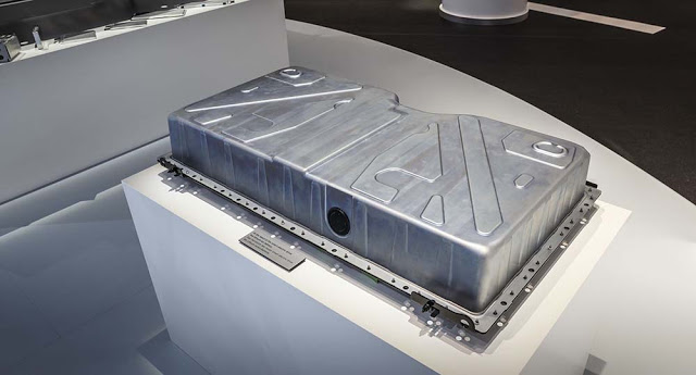 Batería-de-los-nuevos-Smart-eléctricos-fabricada-por-Deutsche-Accumotive
