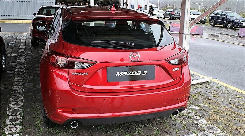 6 Mazda 3 TD 3