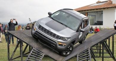 Jeep lanzó el nuevo Compass en las faldas del Cotopaxi