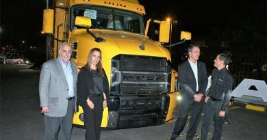 El nuevo camión Mack Anthem llegó a Ecuador
