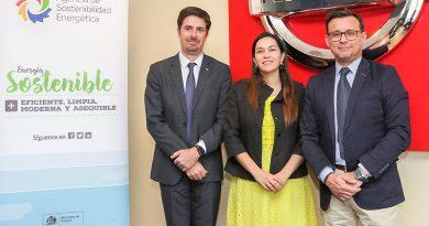 Nissan y Agencia de Sostenibilidad Energética por la electromovilidad