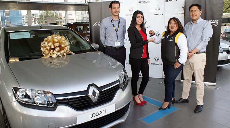 Renault entregó un Logan por campaña en El Condado