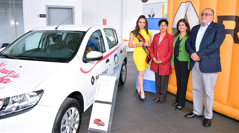 Renault entrega un vehículo a la Reina de Riobamba por alianza