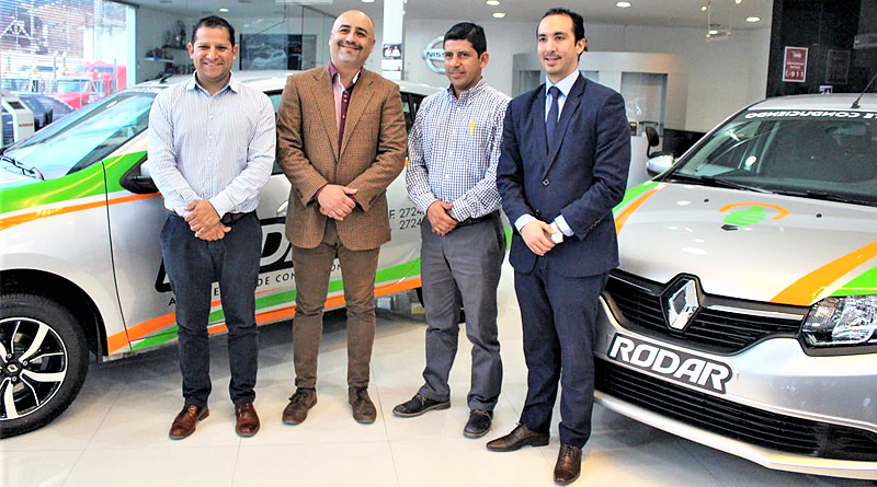 """Escuela de Conducción """"Rodar"""" ya tiene 4 vehículos nuevos Renault"""