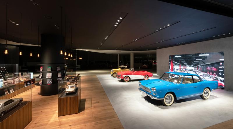"""Nissan muestra sus autos antiguos en """"The Heritage Zone"""""""