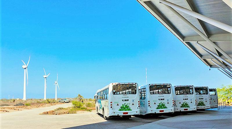 Galápagos cuenta con nuevos buses Euro V para movilidad pública
