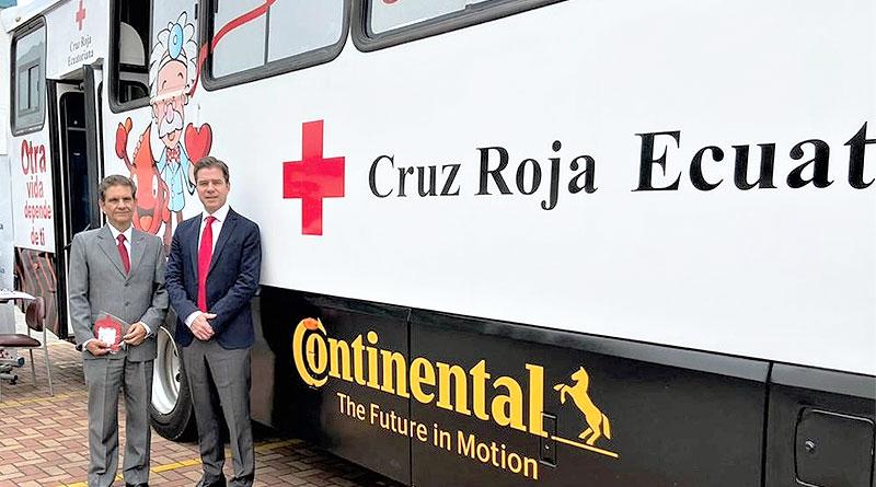 Cruz Roja y Continental presentan Bus para donación de sangre