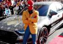 Spider-Man decide cambiar de auto para sus próximas películas