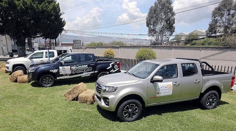 "Ecuador lanza programa ""Camioneta Popular"" para trabajo"