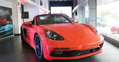 Llegó a Ecuador el Porsche 718 Boxster GTS 4.0, motor central