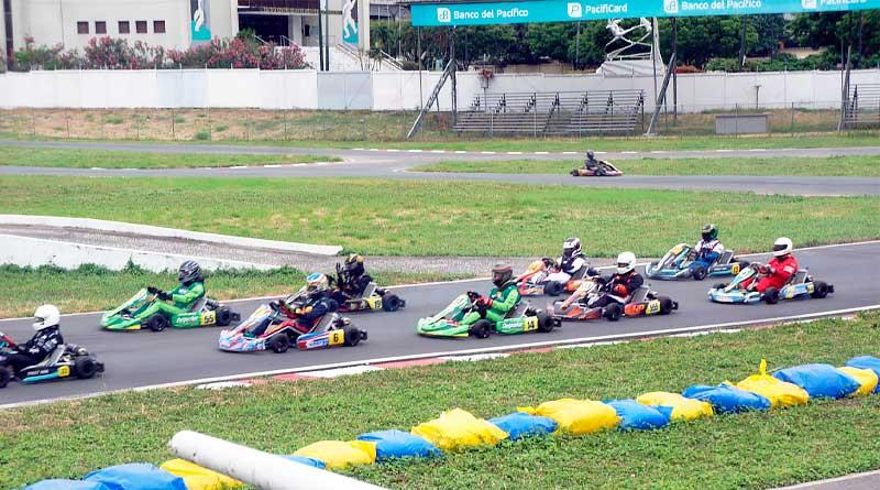 Hermanos Taleb y Leonidas Drouet marcan ritmo en Provincial de karting