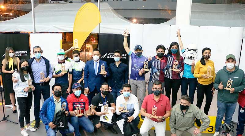 """Ganadores del """"Ride SierraLoma MTB 2021"""" premiados en Renault"""