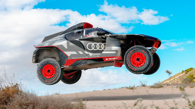 El Audi RS Q e-tron es puesto a prueba bajo el sol de España