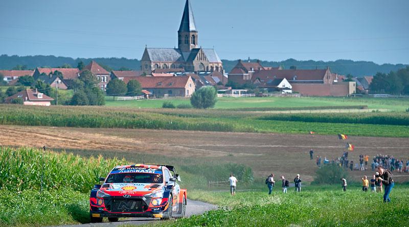 Thierry Neuville consigue emotiva victoria en el Rally de Bélgica